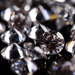 iStock 000015252521XSmall 300x300 The Truth about Coated Cubic Zirconia; Beware of Low Quality